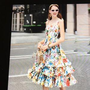 Dresses & Skirts - Gorgeous dress,size L
